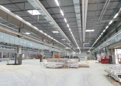 Electrical installation of industrial lighting
